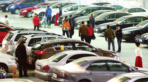 Sell cars with used car dealers